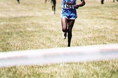 John Kibowen wins the 12km race at the 2005 Kenyan Armed Forces cross country championships (Okoth)