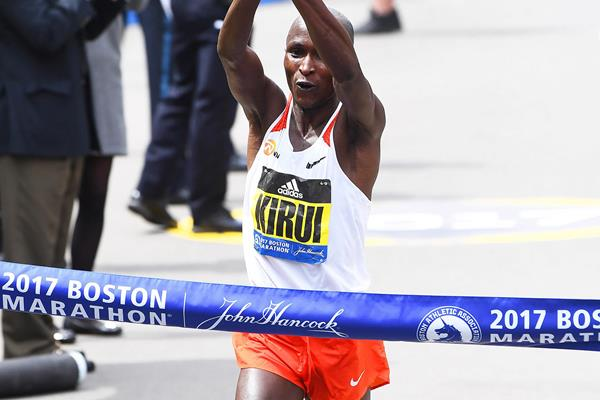 Geoffrey Kirui wins in Boston (Victah Sailer)
