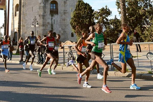 Leaders in the 2013 Maraton de Sevilla (Organisers)