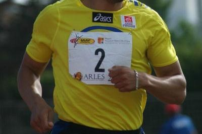 Nadir El Fassi en route to his victory in Arles (Lorenzo Sampaolo)