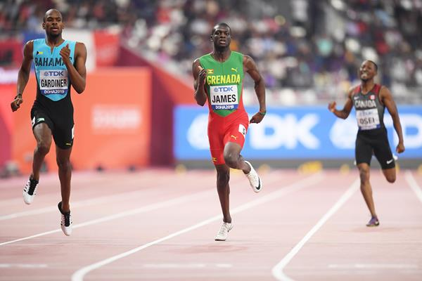 Steven Gardiner and Kirani James in the 400m at the IAAF World Athletics Championships Doha 2019 (Getty Images)