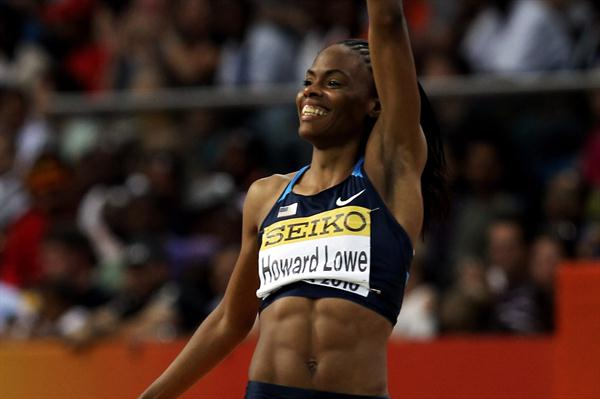 Chaunte Howard Lowe of USA waves at the crowd after competing in the High Jump final (Getty Images)