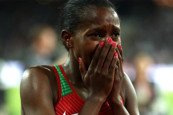 Faith Kipyegon after taking 1500m gold at the IAAF World Championships London 2017 (Getty Images)