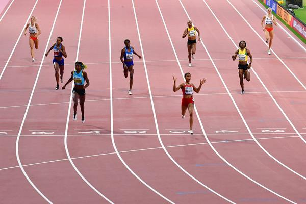 Salwa Eid Naser wins the 400m at the IAAF Athletics World Championships Doha 2019 (AFP / Getty Images)