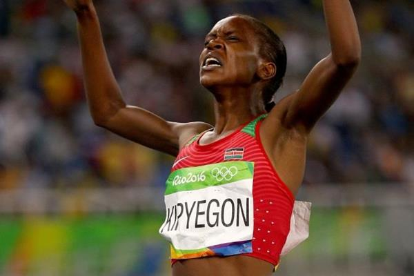 Faith Kipyegon wins the 1500m at the Rio 2016 Olympic Games (Getty Images)