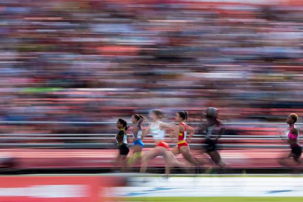 Competitors in the girls 200m at the Youth Olympic Games in Buenos Aires (Lukas Schulze for OIS/IOC)
