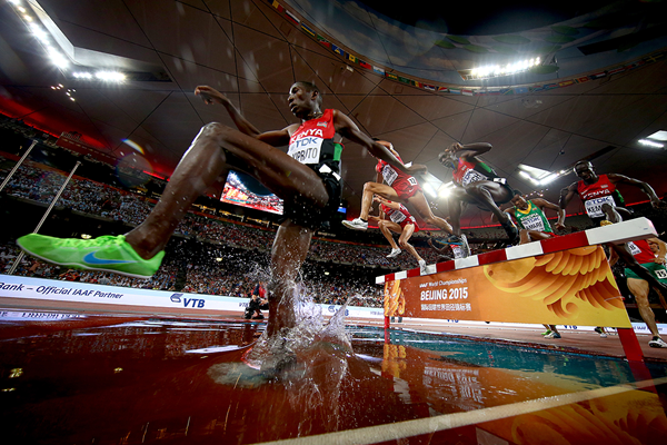 Conseslus Kipruto in the 3000m steeplechase at the IAAF World Championships Beijing 2015 (Getty Images)
