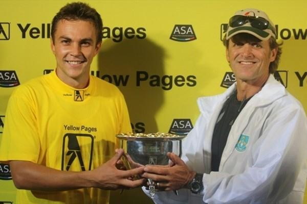 LJ Van Zyl with coach Hennie Kotze in Tshwane (Mark Ouma)