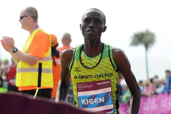 Joan Kigen winning at the 2015 Bournemouth Marathon (Lesley Martin / organisers)