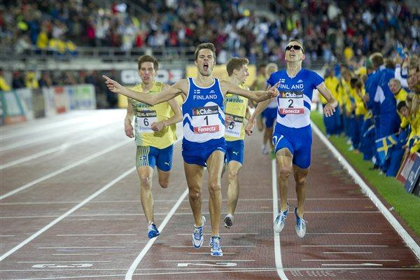 Finland's Niclas Sandells wins the 1500m in the 2011 Finland vs Sweden dual match (Hasse Sjögren)