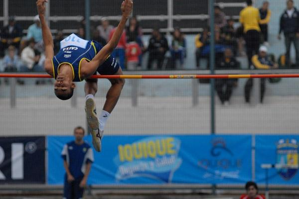 Jesse de Lima of Brazil takes the men's High Jump in Iquique (Fedachi)