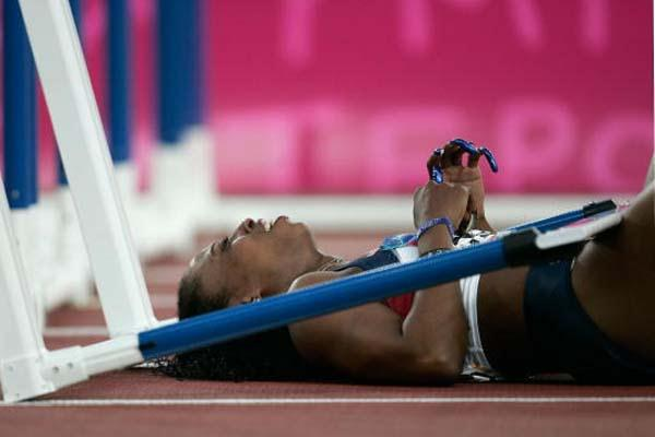 Gail Devers injured in Athens (Getty Images)