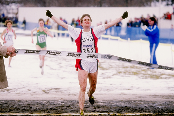 Lynn Jennings wins the senior women's race at the 1992 IAAF World Cross Country Championships in Boston (Getty Images)