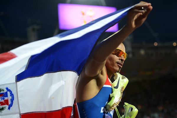 Felix Sanchez celebrates winning the 2012 Olympic 400m hurdles title in London (AFP / Getty Images)