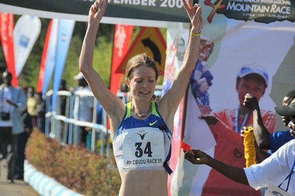 Andrea Mayr wins 2008 Obudu Ranch Mountain Race (Danny Hughes)