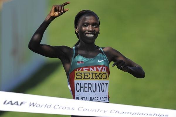 Vivian Cheruiyot of Kenya celebrates winning the women's senior race at the IAAF World Cross Country Championships in Punta Umbria (Getty Images)