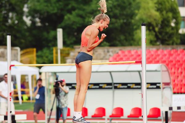 Yuliya Levchenko after clearing 1.95m at the Ukrainian Championships in Lutsk (Mykola Martynyuk, FLAVO)