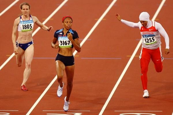 Allyson Felix wins the second 200m semi final (Getty Images)