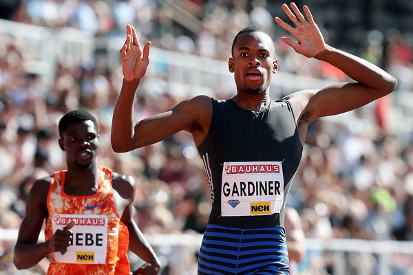 Steven Gardiner wins the 400m at the IAAF Diamond League meeting in Stockholm (Giancarlo Colombo)