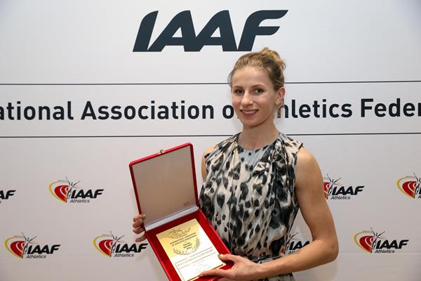 Klaudia Siciarz with her world record plaque in Monaco (Philippe Fitte)