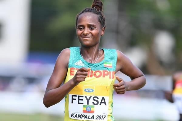 Hawi Feysa of Ethiopia in the U20 women's race at the IAAF World Cross Country Championships Kampala 2017 (Jiro Mochizuki)