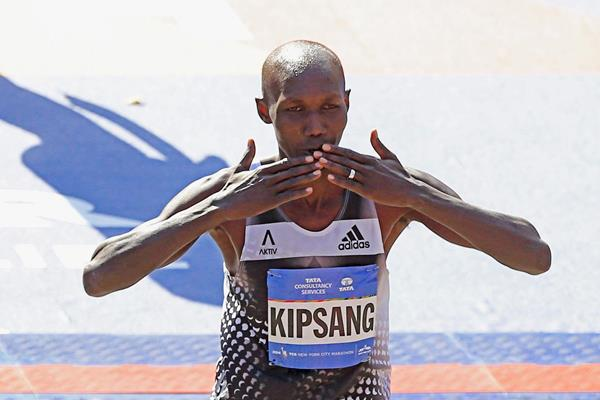 Wilson Kipsang after winning the 2014 TCS New York City Marathon (Getty Images)