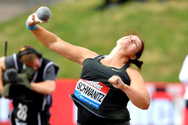 Christina Schwanitz throws to victory in Birmingham (Jiro Mochizuki)