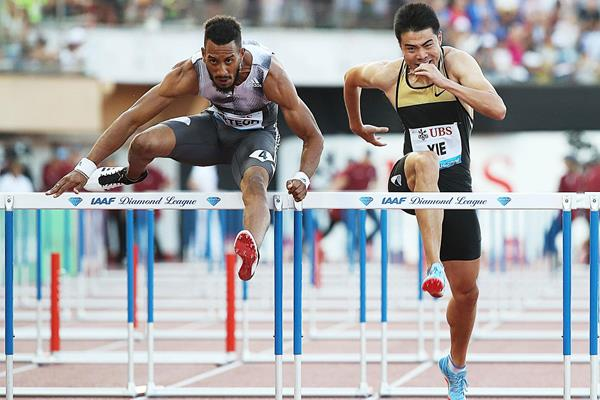Orlando Ortega en route to a convincing 110m hurdles victory at the IAAF Diamond League meeting in Lausanne (Giancarlo Colombo)