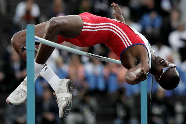Voctor Moya of Cuba takes silver in the men's High Jump (Getty Images)