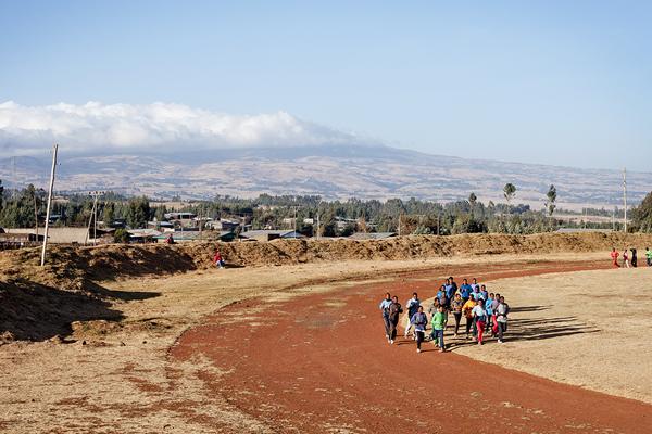 Runners in Bekoji, Ethiopia (Ben Quinton)