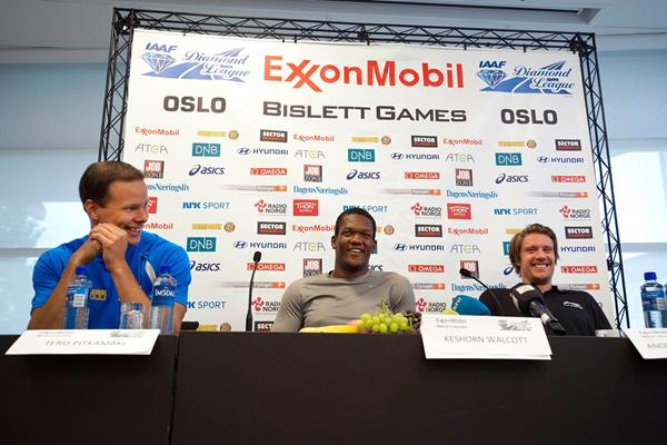 Tero Pitkamaki, Keshorn Walcott and Andreas Thorkildsen at the Oslo Diamond League press conference (Anders Sjogren)