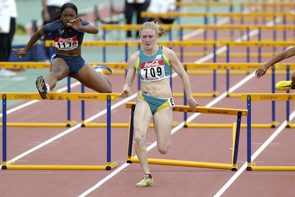 Sally Pearson (then McLellan) en route to the 2003 world youth title in Sherbrooke (Getty Images)