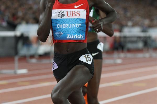 Vivian Cheruiyot in Zurich (Jean-Pierre Durand)
