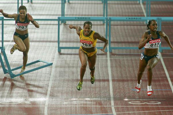 Michelle Perry of the US wins gold in the women's 100m Hurdles (Getty Images)