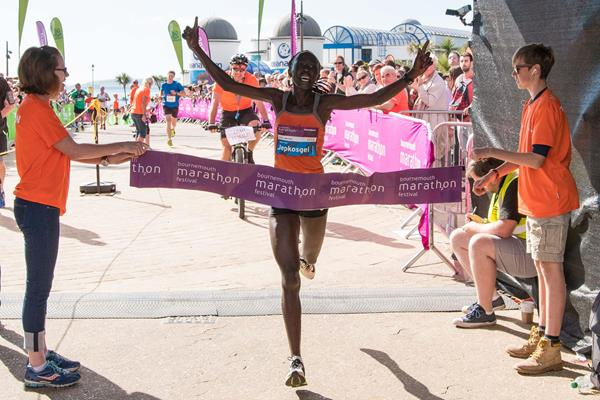 Eddah Jepkosgei wins the Bournemouth Marathon (Organisers)