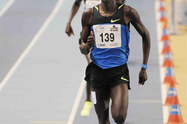 Haron Keitany cruises to a world leader in Gent (Nadia Verhoft)