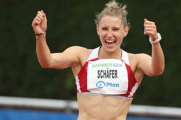 Carolin Schafer celebrates her lead in the heptathlon in Ratingen (Gladys Chai von der Laage)