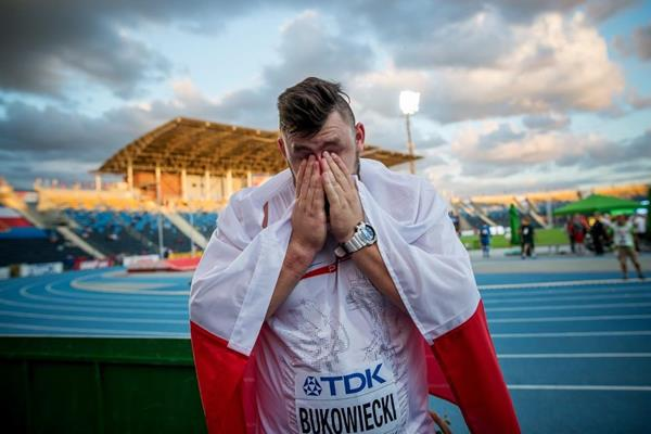 Konrad Bukowiecki after winning the shot put at the IAAF World U20 Championships Bydgoszcz 2016 (Getty Images)
