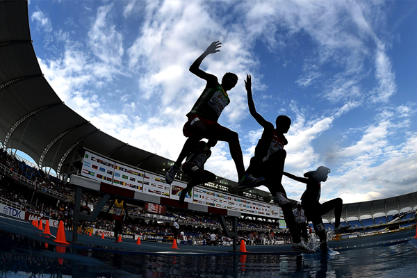 Steeplechasers in action (Getty Images)