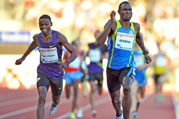 David Rudisha wins from Abubaker Kaki in Oslo (Mark Shearman)