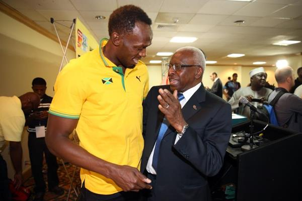 Usain Bolt and IAAF President Lamine Diack at the IAAF/BTC World Relays, Bahamas 2015 press conference (Getty Images)
