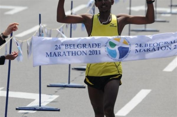 Gebrselassie Tsegaye takes the 2011 Belgrade Marathon crown (Organisers)