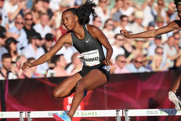 Dalilah Muhammad en route to her win in Oslo (Giancarlo Colombo)