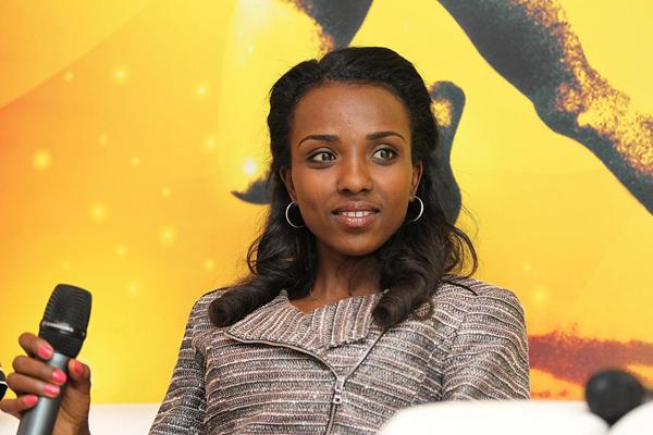 Tirunesh Dibaba meeting with the press in Barcelona (Philippe Fitte)