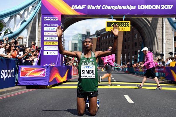 Alphonce Felix Simbu after winning the bronze medal in the men's marathon at the IAAF World Championships London 2017 (Getty)