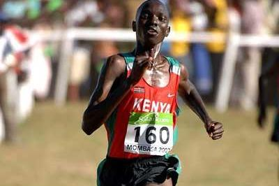 Asbel Kiprop of Kenya wins the junior men's race (Kirby Lee)
