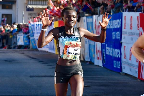 Joyciline Jepkosgei wins the Marseille Cassis 20km (Jean-Philippe Borg - TeamPhoto)
