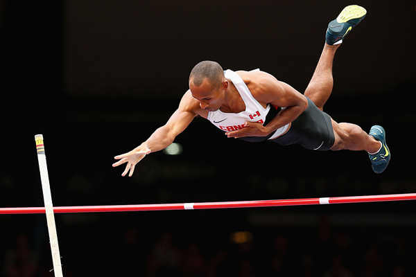 Canada's Damian Warner in action in the decathlon pole vault (Getty Images)