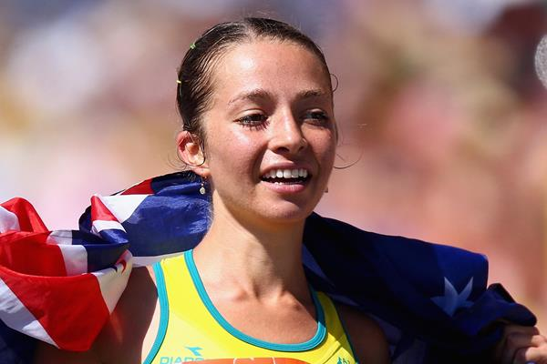 Australian race walker Jemima Montag celebrates her victory (Getty Images)