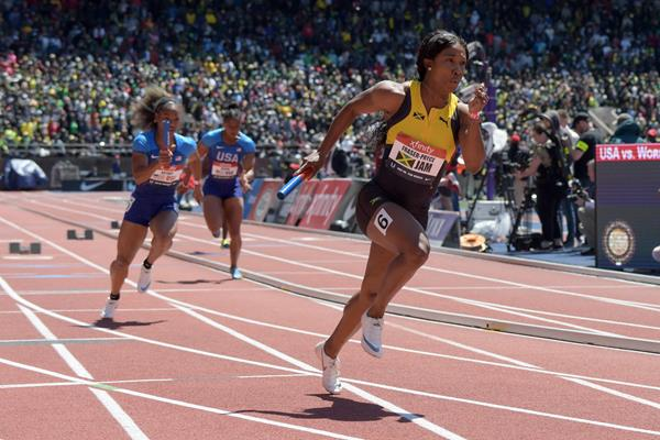 Shelly-Ann Fraser-Pryce in the 4x100m at the Penn Relays (Kirby Lee)